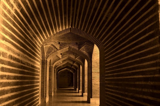 corridor in the Shah Jehan Masjid